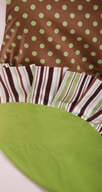 Brown-Green-Polka-Dot-Apron-Close